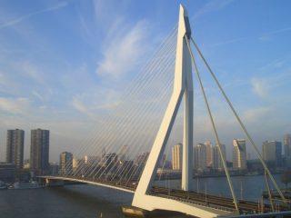 Erasmusbrücke von NHOW Copyright by Conti-Reisen