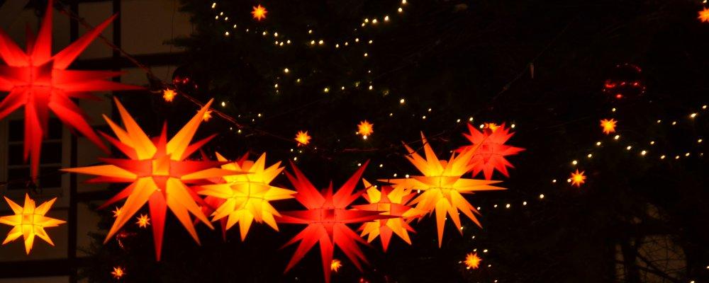 Weihnachtsmarkt-in-Soest-CCBY-Juergen-Karneil-at-flickr_1000x400