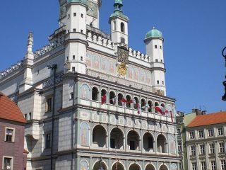 Rathaus (C) Conti-Reisen600x800