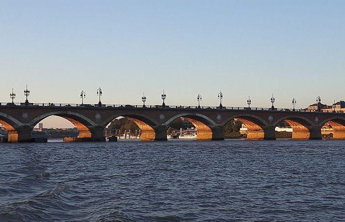 Bordeaux - Pont de © krumpen