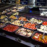 Lyon Delikatessen in der Markthalle (C) Conti-Reisen
