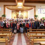 Die Reisegruppe in der Titelkirche von Kardinal Woelki in Rom: San Giovanni Maria Vianney (C) DOMRADIO.DE